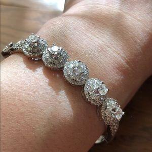 Jewelry - Diamond bracelet!